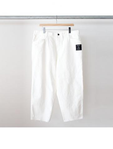 Oversized tapered pants (WHT)