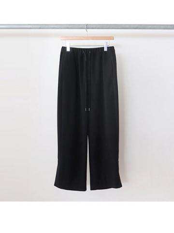 easy slit pants (BLK)