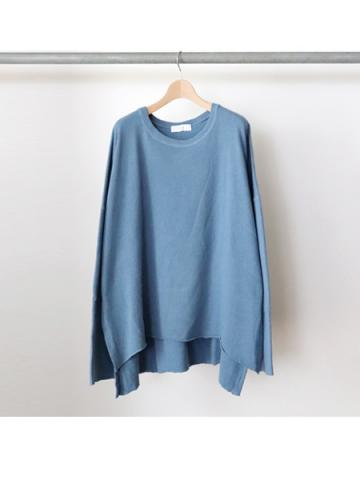 long sleeve side slit knit t-shirts (BLU)