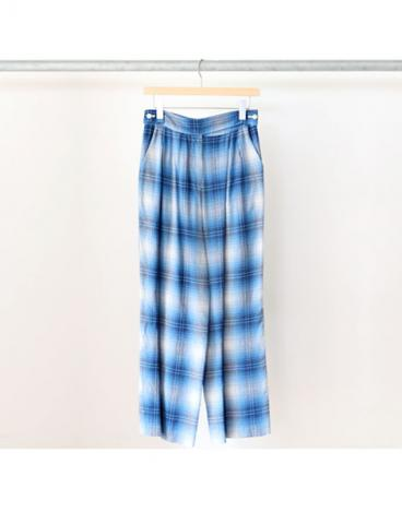 Rayon ombre check 2 tuck slacks (BLU)