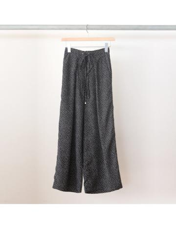 Rayon dot gathered pants (BLK)