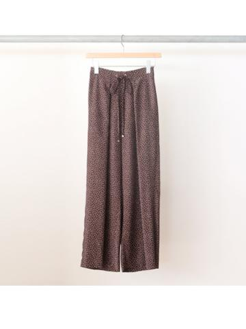 Rayon dot gathered pants (BRN)