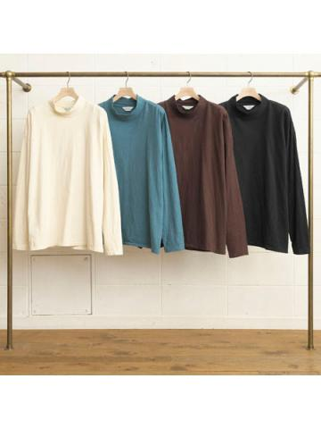 Long Sleeve Mock Neck T-shirt