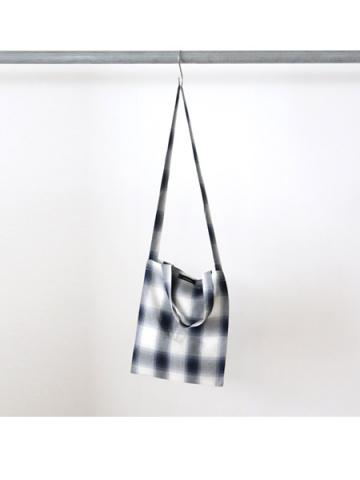 Rayon ombre check 2way tote bag (BLU)